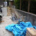 古い壁ビフォーアフター途中 もうすぐ完成!