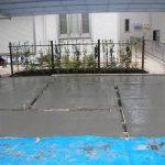 スタンプコンクリート コンクリート打設 カラーハードナー(色付け) リリーサー撒き(濃淡色付け件マット