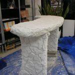 モルタル造形で創った石のテーブル